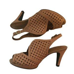 Clarks Artisan Donna Slingback Heels Sandals